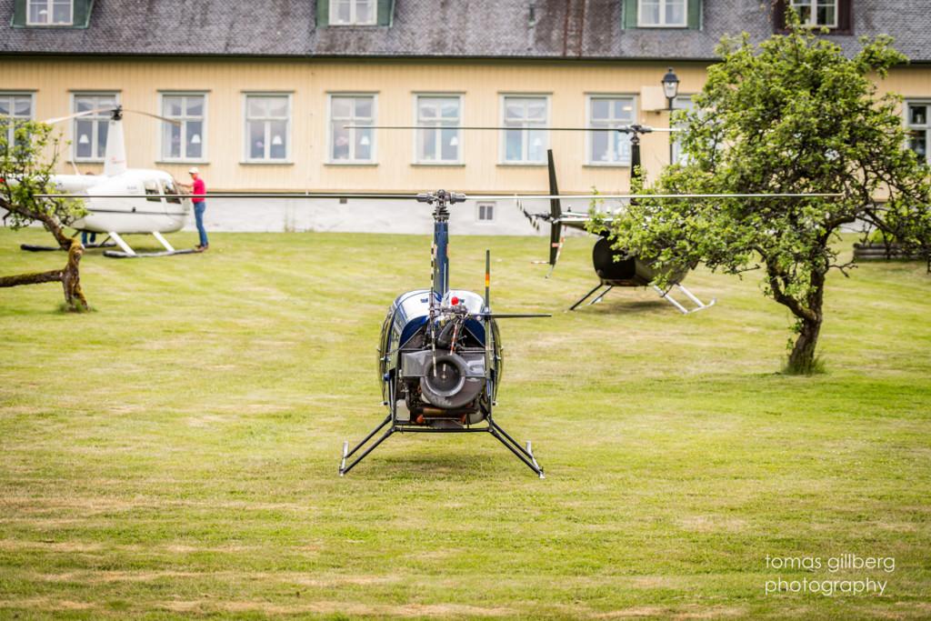 Helikopter på gräset
